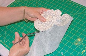 cutting free standing lace